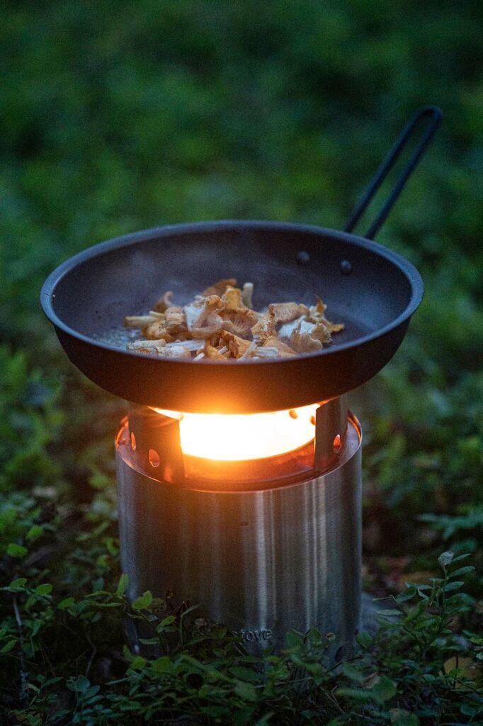 Sopp er Skogen gull soppstuing på turkjøkken